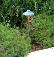 Thousand Oaks Lighting Landscape Lighting Mushroom Light