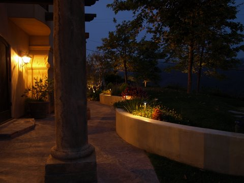 Thousand Oaks Lighting Outdoor Lights